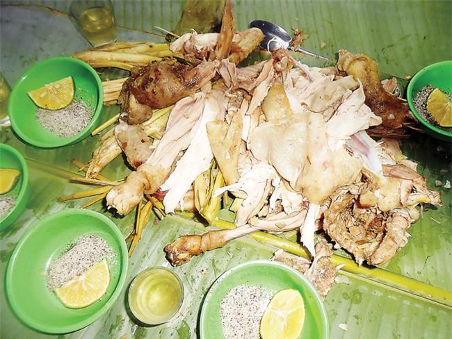 Năm Đinh Đậu, điểm danh 6 món gà đã ăn thử một lần là nghiện từ Bắc chí Nam - Ảnh 11.