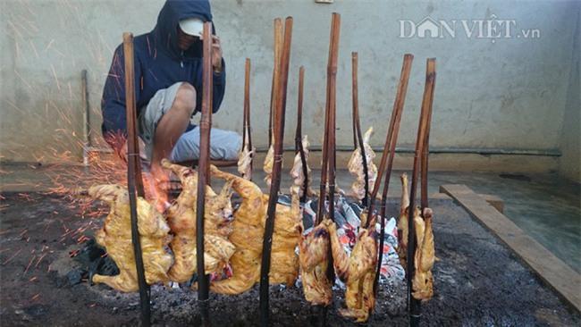 Năm Đinh Đậu, điểm danh 6 món gà đã ăn thử một lần là nghiện từ Bắc chí Nam - Ảnh 6.