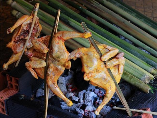Năm Đinh Đậu, điểm danh 6 món gà đã ăn thử một lần là nghiện từ Bắc chí Nam - Ảnh 7.