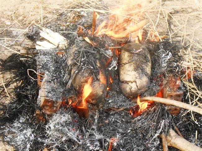 Năm Đinh Đậu, điểm danh 6 món gà đã ăn thử một lần là nghiện từ Bắc chí Nam - Ảnh 9.