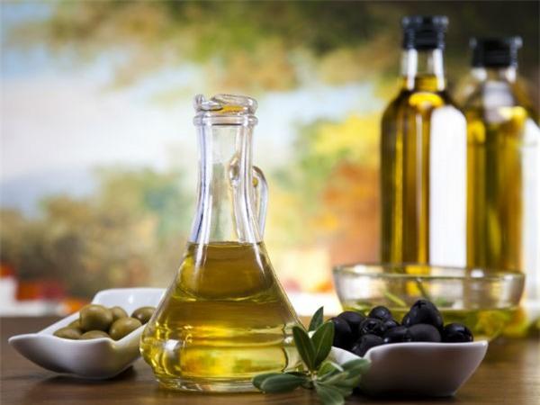 8 thực phẩm giúp điều trị bệnh trĩ hiệu quả - Ảnh 3.