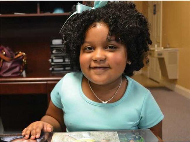 """Cô bé bắt đầu tập đọc từ năm 2 tuổi và đã đọc được 1.000 quyển sách trong chương trình """"Georgia 1.000 Books B4 Kindergarten Program"""". Đây là chương trình thử thách khuyến khích trẻ nhỏ đọc hết 1.000 quyển sách trước khi bước vào mẫu giáo lớn 5 tuổi. Hiện Daliyah dự định đọc các đoạn văn trình độ cao hơn dành cho học sinh trung học."""