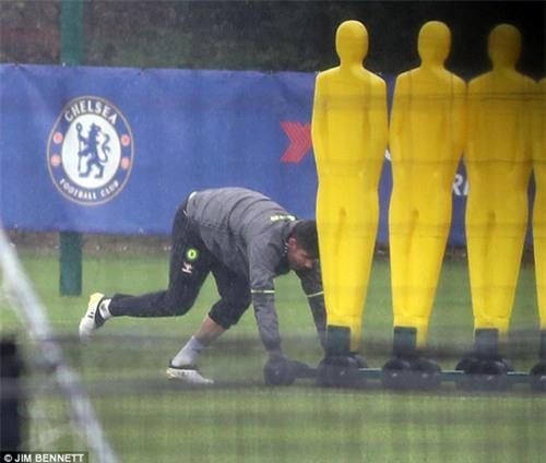 Costa bị bỏ rơi ở Chelsea, Barca đề nghị gây sốc - 2
