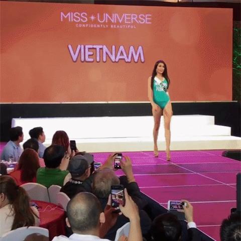 Lệ Hằng gặp sự cố, suýt té khi trình diễn bikini tại Hoa hậu Hoàn vũ 2016 - Ảnh 2.