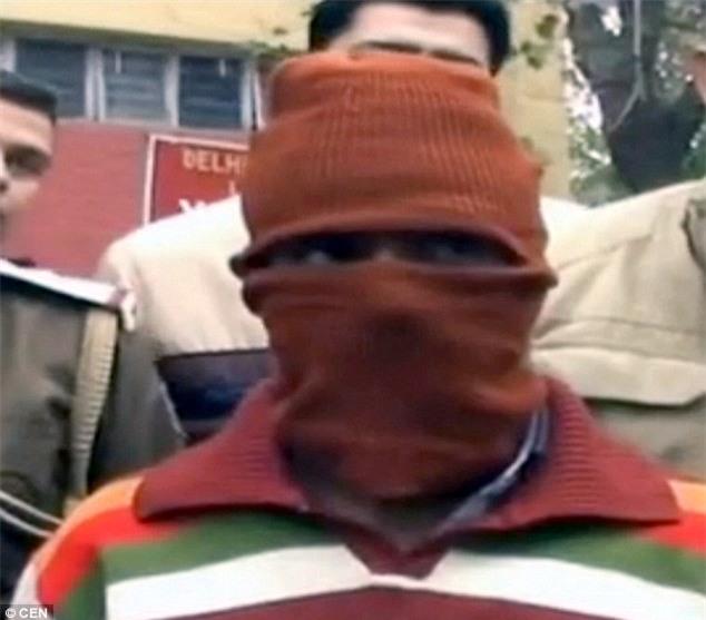 Vụ ấu dâm chấn động Ấn Độ: Thợ may mặc đúng một chiếc áo hãm hiếp 600 trẻ em trong suốt 14 năm - Ảnh 1.