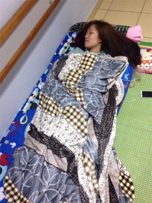 Cảm phục nghị lực của cô giáo trẻ chống chọi với bệnh ung thư - Ảnh 4.