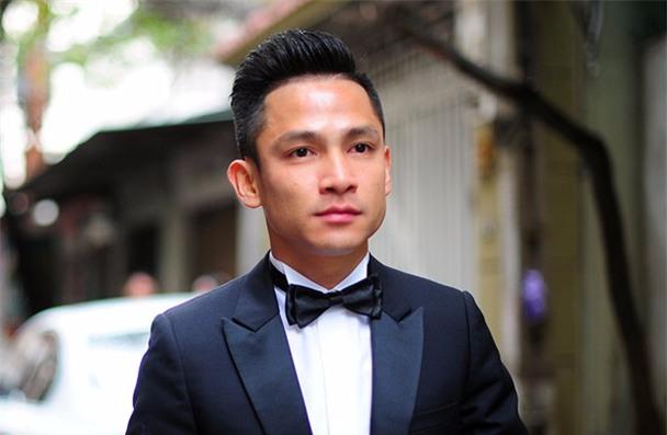 Những anh chồng Việt chuẩn soái ca của các hot girl: Không những đẹp trai mà còn biết đội vợ lên đầu - Ảnh 1.