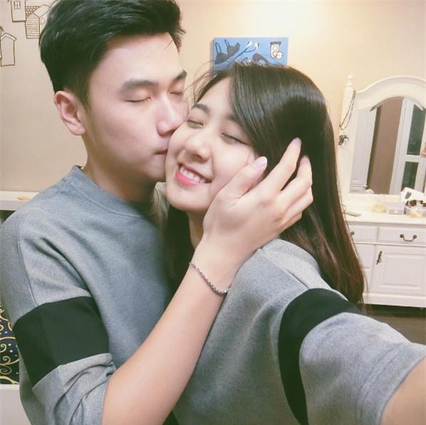 Những anh chồng Việt chuẩn soái ca của các hot girl: Không những đẹp trai mà còn biết đội vợ lên đầu - Ảnh 12.