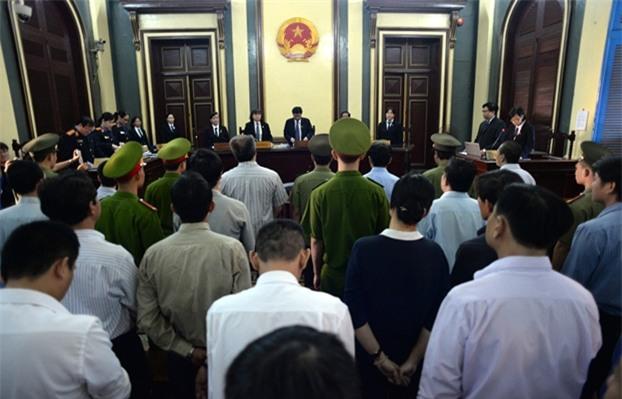 Quang cảnh phiên toà xét xử đại án kinh tế thất thoát hơn 9.000 tỷ đồng tại VNCB.