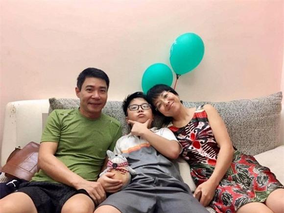 Con trai Thảo Vân, con trai Thảo Vân - Công Lý, con trai Thảo Vân và ông nội