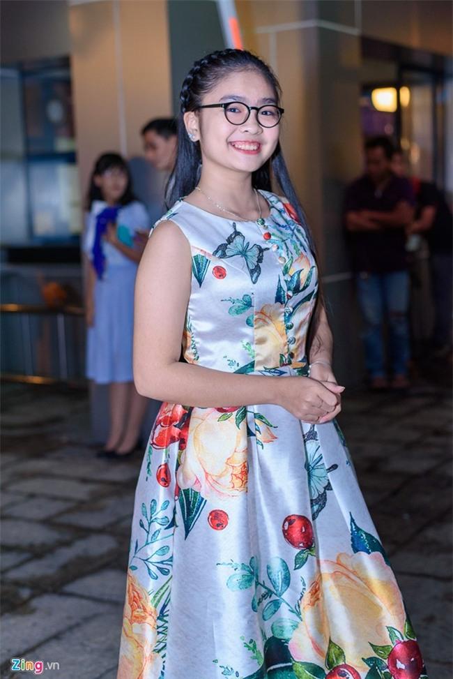 Truong Giang hon Nha Phuong tren tham do hinh anh 9