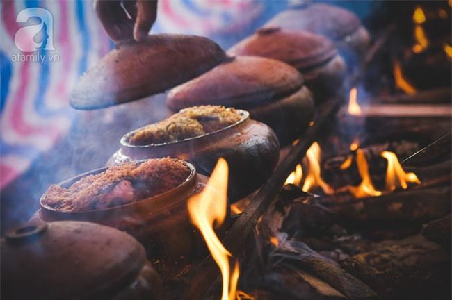 Về làng Vũ Đại giáp Tết, thưởng thức món cá kho đắt gấp trăm lần bình thường mà vẫn cháy hàng - Ảnh 16.