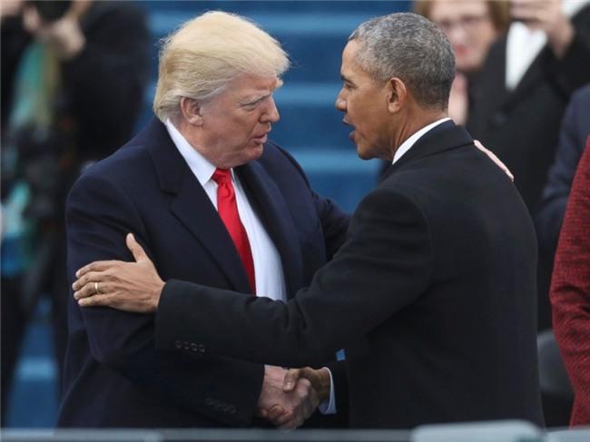 giay phut trump tien obama tro ve cuoc song doi thuong hinh anh 3