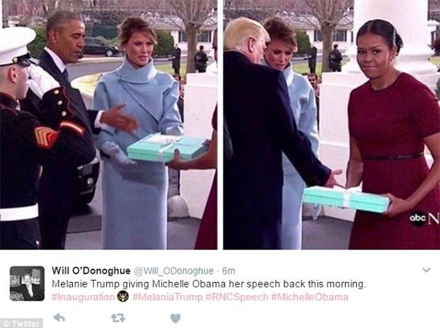 Những biểu cảm của cựu Đệ nhất phu nhân Michelle Obama khi nhận quà từ bà Melania Trump gây xôn xao mạng xã hội - Ảnh 7.