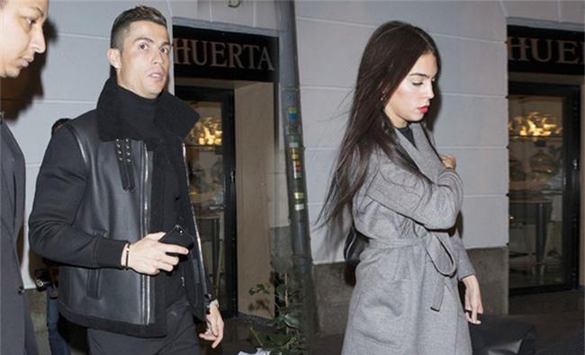 Ronaldo và Tháng Giêng là tháng ăn chơi - Ảnh 3.