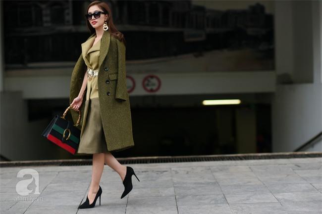 Ngắm street style tuần giáp Tết chất đừng hỏi của quý cô hai miền - Ảnh 5.