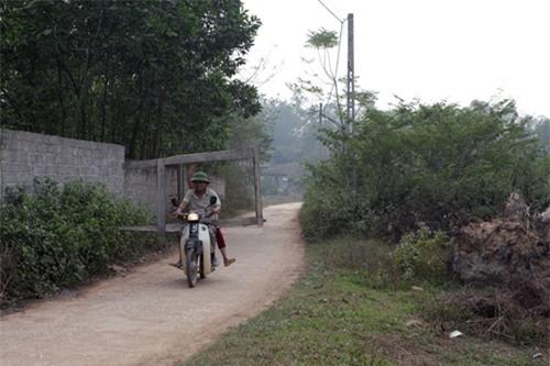 Cặp vợ chồng già lưu giữ tục ăn đất cổ xưa ở Vĩnh Phúc - 1