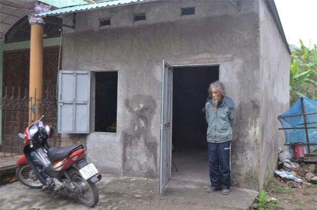 """chuyen ve nguoi dan ong co mai toc """"ma lam"""" 10 nam khong cat - 3"""