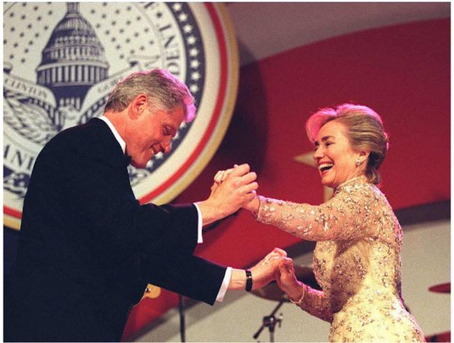 Các Đệ nhất phu nhân Mỹ xinh đẹp nhường nào trong dạ tiệc khiêu vũ mừng lễ nhậm chức của chồng? - Ảnh 8.