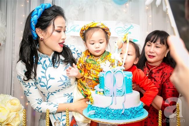 Maya tổ chức sinh nhật hoành tráng cho con gái cưng - Ảnh 12.