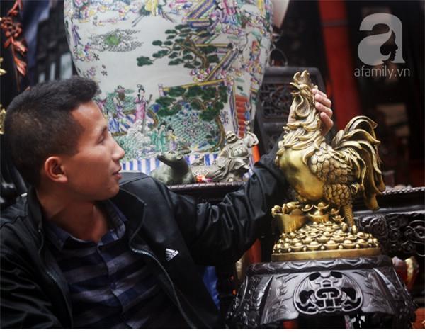 Hà Nội: Xuất hiện gà đồng cao hơn 1 mét nặng 30kg, giá 25 triệu đồng - Ảnh 11.