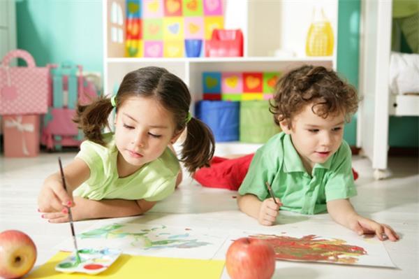 Điều bố mẹ cần dạy con bây giờ không phải là kiến thức sách vở nữa, mà là 5 giá trị sau - Ảnh 3.