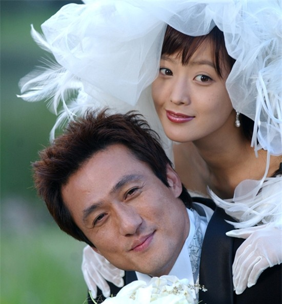 14 năm một tượng đài, Kim Hee Sun vẫn là nữ thần không tuổi của màn ảnh Hàn - Ảnh 14.