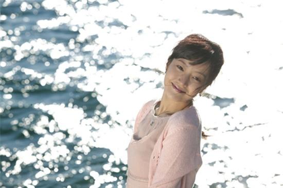 14 năm một tượng đài, Kim Hee Sun vẫn là nữ thần không tuổi của màn ảnh Hàn - Ảnh 16.