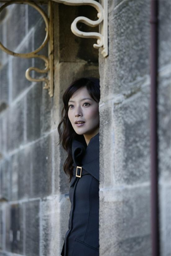 14 năm một tượng đài, Kim Hee Sun vẫn là nữ thần không tuổi của màn ảnh Hàn - Ảnh 22.