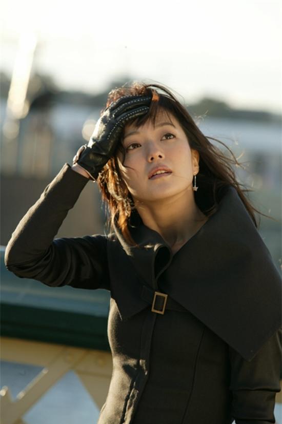 14 năm một tượng đài, Kim Hee Sun vẫn là nữ thần không tuổi của màn ảnh Hàn - Ảnh 23.