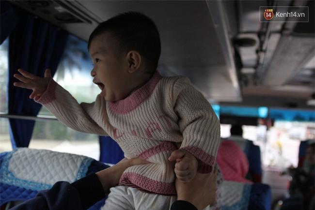Chuyện đời, tình người trên chuyến xe 0 đồng đưa người nghèo mưu sinh ở Sài Gòn về quê ăn Tết - Ảnh 9.