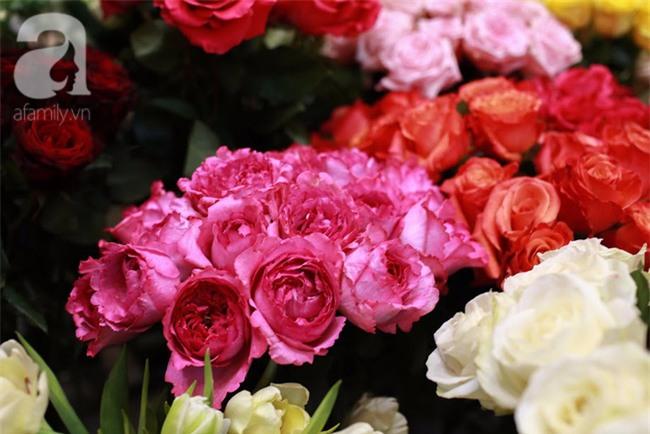 Hà Nội: Chi 72 triệu để mua hoa tươi nhập khẩu đủ tiêu chí độc và đẹp về chơi Tết - Ảnh 19.