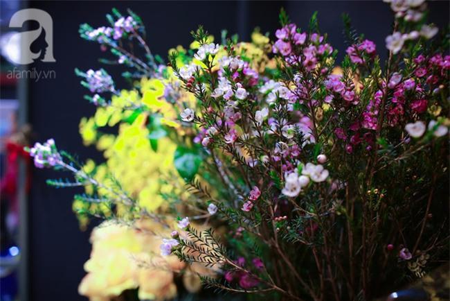 Hà Nội: Chi 72 triệu để mua hoa tươi nhập khẩu đủ tiêu chí độc và đẹp về chơi Tết - Ảnh 23.