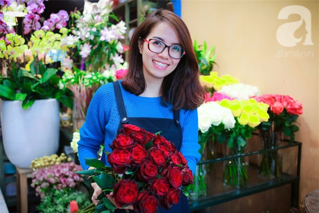 Hà Nội: Chi 72 triệu để mua hoa tươi nhập khẩu đủ tiêu chí độc và đẹp về chơi Tết - Ảnh 24.