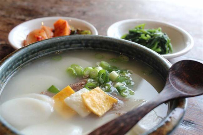 Những món ăn cầu may vào dịp Tết Nguyên đán của người Châu Á - Ảnh 5.