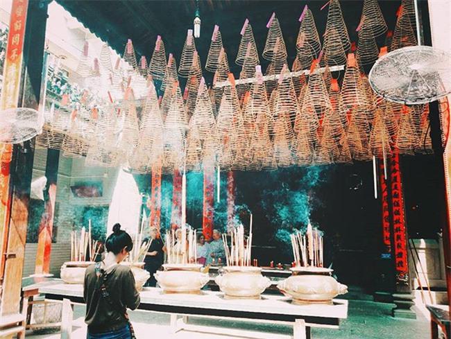 15 ngôi chùa linh thiêng nên đi lễ dịp đầu năm ở Hà Nội, Sài Gòn - Ảnh 14.