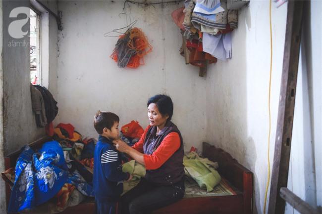 Cái Tết đầu tiên vắng chồng của người phụ nữ có 14 đứa con sống giữa Hà Nội - Ảnh 4.