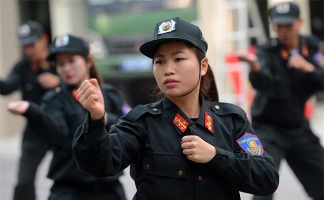 Tết của những bóng hồng cảnh sát đặc nhiệm