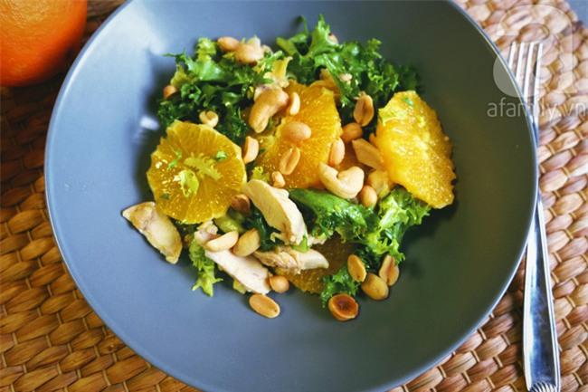 Tận dụng thịt gà luộc làm salad cam thanh mát cực ngon - Ảnh 7.