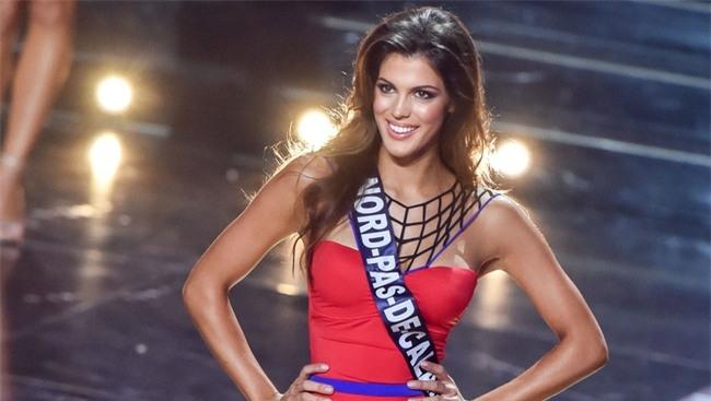 Iris Mittenaere - từ cô bé ở thị trấn nhỏ có tuổi thơ bất hạnh trở thành Hoa hậu Hoàn vũ - Ảnh 7.