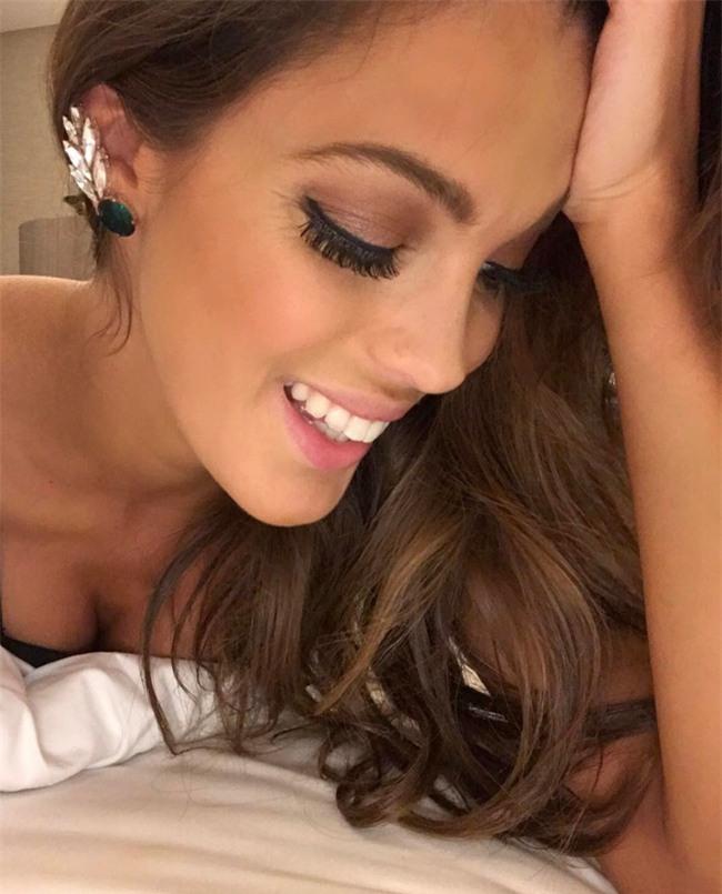 Ngắm nhan sắc xinh đẹp của Tân Hoa hậu Hoàn vũ 2016 - Iris Mettenaere - Ảnh 12.