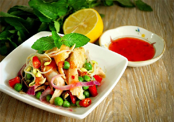 10 món ăn giúp bạn giải quyết phần thịt gà dư thừa sau tết vừa ngon vừa hiệu quả - Ảnh 1.