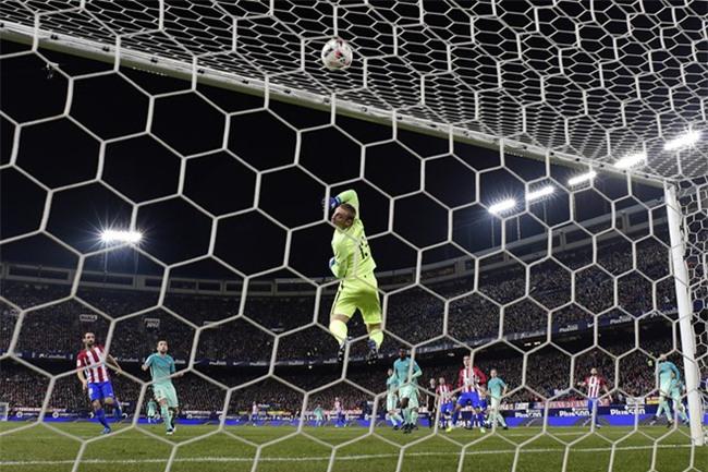 Messi tỏa sáng, Barca có nửa vé chung kết cúp Nhà vua - Ảnh 10.