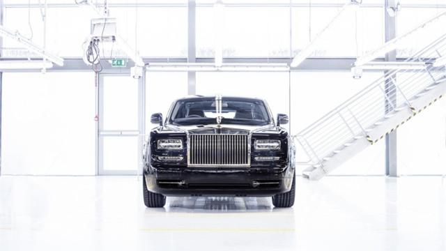 Chiếc Rolls-Royce Phantom Series II cuối cùng xuất xưởng - Ảnh 1.