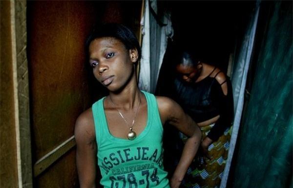 Cuộc sống bên trong ổ dịch HIV lớn nhất châu Phi - Ảnh 5.
