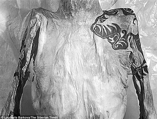 Bí ẩn xác ướp hoàng gia 2200 tuổi nghiện ngập và thích xăm trổ đã được hé mở - Ảnh 4.