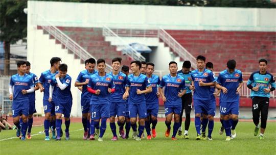 U23 Việt Nam kết thúc sớm buổi tập do mưa