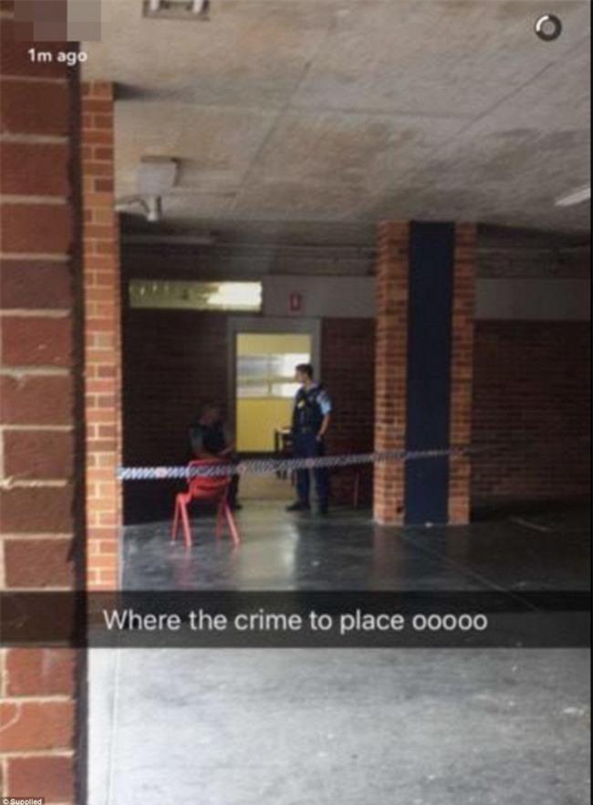 Úc: Đâm dao vào cô giáo và các bạn tại trường học, nam sinh 16 tuổi bị bắt - Ảnh 1.