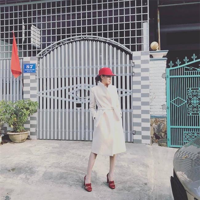 Đâu chỉ có áo dài cách tân, street style đón Xuân của sao Việt còn rực rỡ thế này cơ mà! - Ảnh 20.