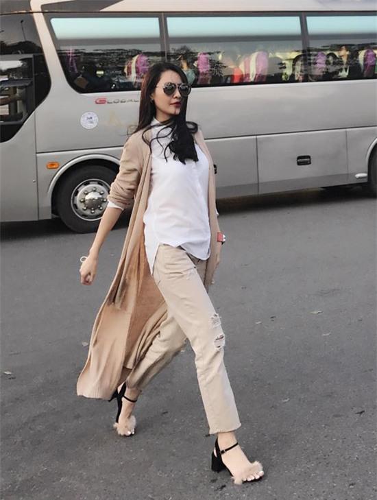 Đâu chỉ có áo dài cách tân, street style đón Xuân của sao Việt còn rực rỡ thế này cơ mà! - Ảnh 21.